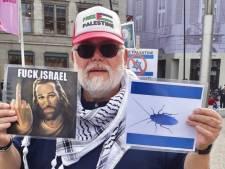 Anti-Israëldemonstrant met kakkerlakvlag vrijgesproken van belediging
