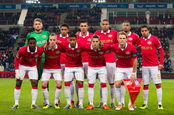 Het eerste Europese seizoen van Arias werd een teleurstelling. PSV won in de voorronde Champions League van Zulte Waregem, maar werd door AC Milan veroordeeld tot het Europa League-toernooi. Daarin kwam de ploeg van Phillip Cocu in een poule terecht met  het Bulgaarse Ludogorets, het Kroatische Dinamo Zagreb en het Oekraïense Chornomorets. In de laatste groepswedstrijd tegen Chornomorets had PSV genoeg aan een gelijkspel om door te gaan, maar een 0-1 kostte de Eindhovenaren de kop.