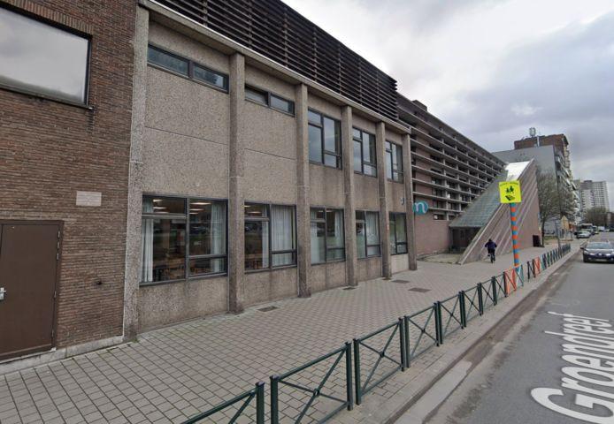 L'école primaire néerlandophone 't Klavertje Vier.