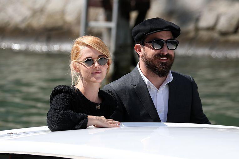 Kristen Stewart en regisseur Pablo Larraín. Beeld Getty