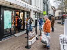 Van houten speelgoed tot chocoladeletter: de Ossenaar shopt volop bij de eigen middenstand