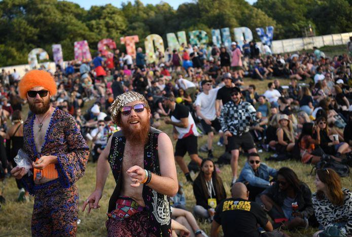 Bezoekers op het festivalterrein van Glastonbury in 2019.