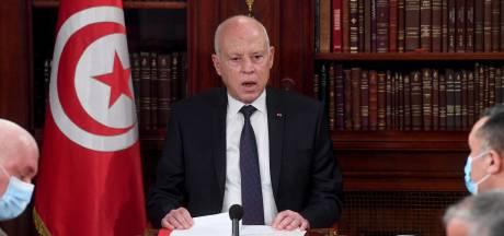 VS roepen president Tunesië op democratie te respecteren, spreken nog niet van staatsgreep