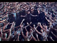 De Staat met videoclips op tour langs bioscopen
