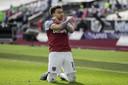 Jesse Lingard viert de 2-0 voor West Ham United.