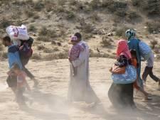 Duizenden vrouwen en kinderen ontvluchten Mosul