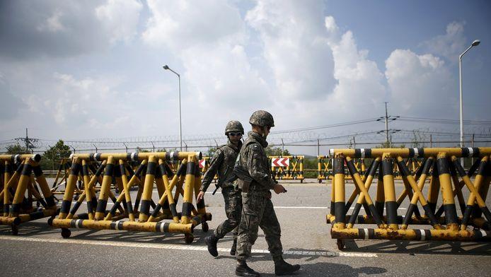 Zuid-Koreaanse soldaten bij de grens met Noord-Korea.