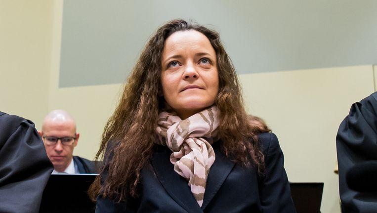 Beate Zschäpe in de rechtbank, voor het voorlezen van haar verklaring Beeld getty
