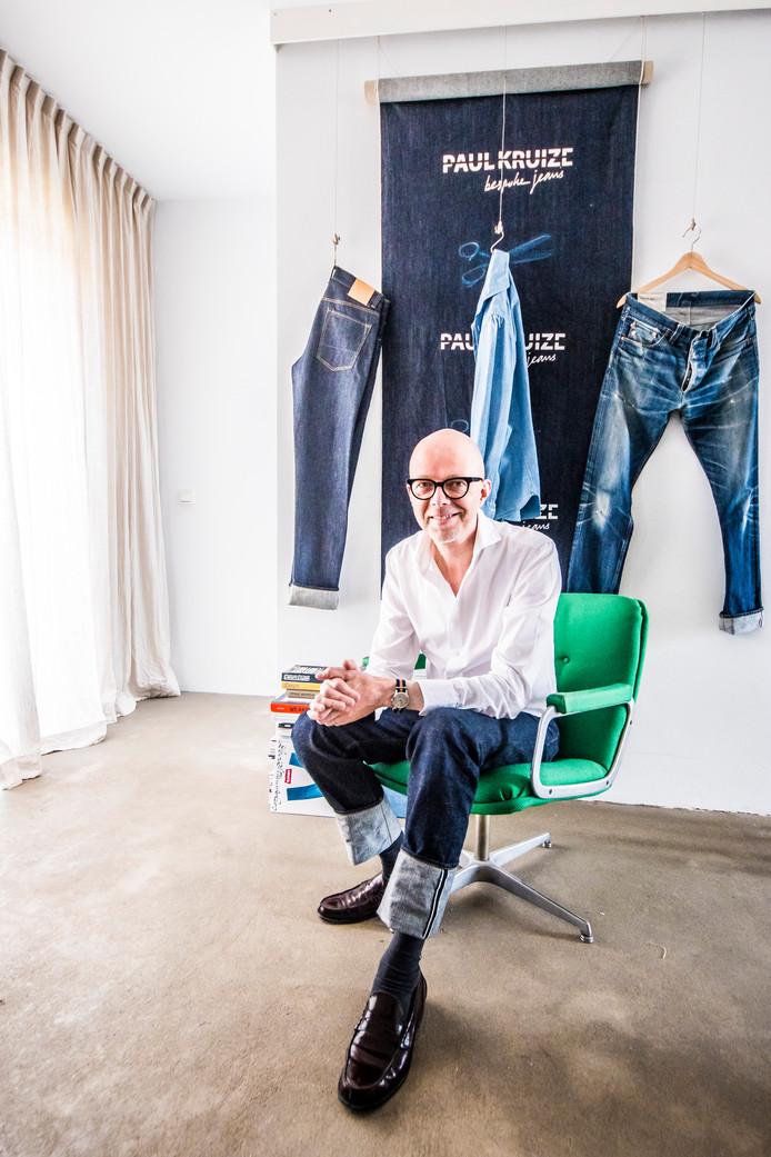 Paul Kruize maakt op maat gemaakte jeans.