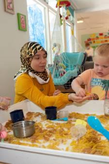 Ongekookte pasta en bubbeltjesplastic: deze kinderopvang is speelgoedvrij