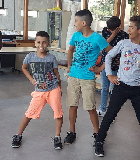 Zomerschool in Flevoland voor niet-westerse jeugd om  Nederlandse taal op niveau te houden