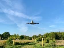 Landing Boeing 747 op Vliegveld Twenthe trekt wederom veel bekijks
