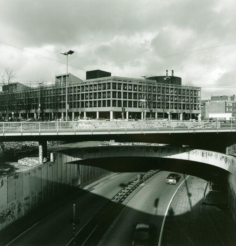 Het inmiddels gesloopte Maupoleum op de Jodenbreestraat in Amsterdam. Beeld ANP