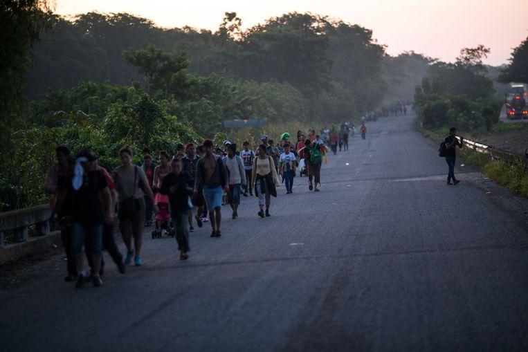 De 'karavaan' migranten die op weg is naar de VS.  Beeld AP