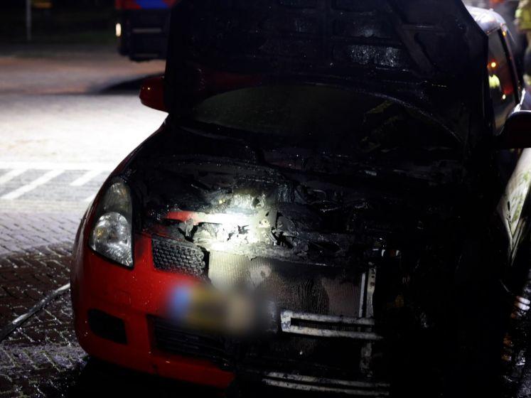 Aanmaakblokje gevonden bij uitgebrande auto in Zwolle
