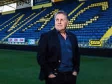 Lokhoff veroordeelt rellen, wil Van Hooijdonk behouden en evalueert zijn trainer
