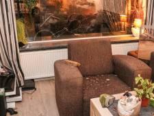 Vandalen trekken spoor van vernieling door wijk in Emmeloord, politie: 'Gebeurt laatste maanden vaker'