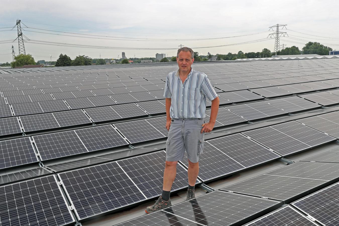 De zonnepanelen van tuinder Jan Varekamp in Tinte