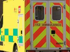 15-jarige crasht tegen Brug van den Azijn: passagier in levensgevaar
