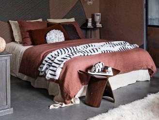Hemelbedden en warme kleuren: dit zijn de huidige interieurtrends voor de slaapkamer