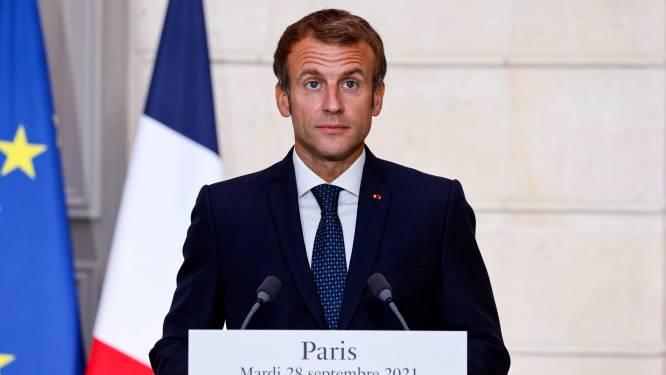 """Macron: """"Les Européens doivent sortir de la naïveté"""" vis-à-vis des USA et """"se faire respecter"""""""