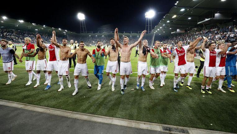 Ajax viert de 3-2 overwinning na de Champions League-wedstrijd tegen SK Sturm Graz Beeld ANP