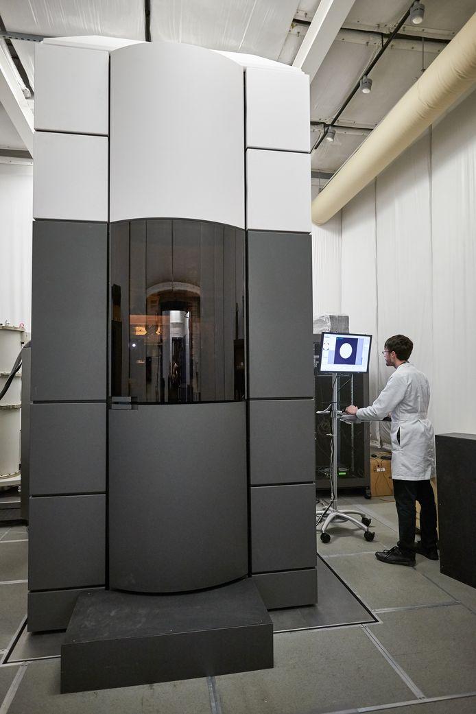 De Titan elektronenmicroscoop van Thermo Fisher wordt gemaakt door Fei in Eindhoven.