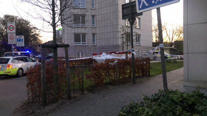 Lichaam van man (32) aangetroffen aan appartementsgebouw Jan de Voslei