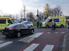 Fietsster overlijdt na aanrijding op rotonde: 'Ik ben op mijn knieën gaan bidden dat ze bleef leven'