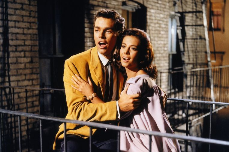 Richard Beymer en Natalie Wood als Tony en Maria in de verfilming van 'West Side Story' uit 1961. Beeld rv