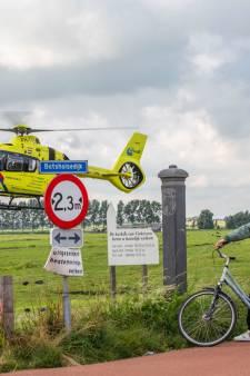 Traumaheli landt in Vinkeveen vanwege medische noodsituatie