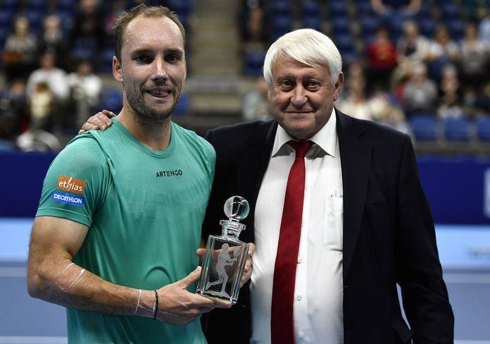 Steve Darcis met André Stein, voorzitter van de Belgische tennisfederatie.