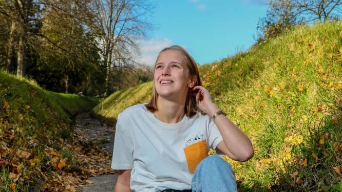 """Annelies (19) getuigt over haar mentale problemen: """"Ik voelde dat er iets niet klopte, alsof ik anders was dan de anderen"""""""