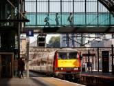 """""""Bonjour mesdames et messieurs"""": le chemin de fer londonien s'excuse pour cette annonce """"non inclusive"""""""