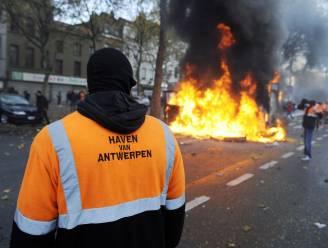 Komen hooligans uit Feyenoord meeknokken met dokwerkers?