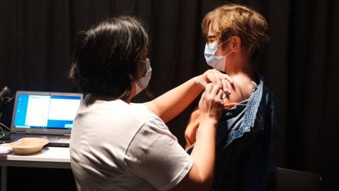 Vaccinatiecentrum in AED Studios sluit op 15 oktober, prikken worden daarna in Mortsel gezet