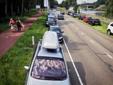 Oosterhout: 'Kom op de fiets naar het zwembad'