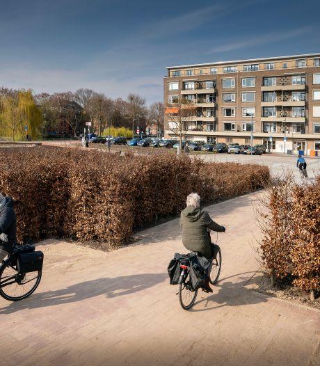 Tribunes en borrelplaats op Wilhelminaplein als alternatief voor de Kemping