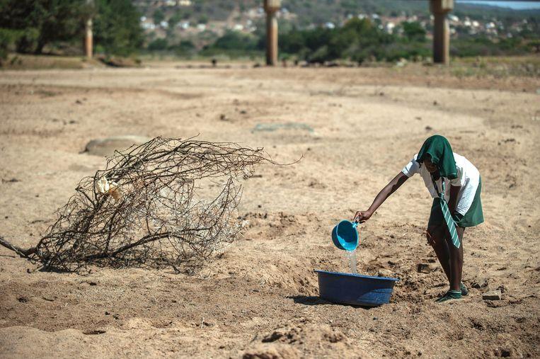 Grote droogte, zoals hier in Zuid-Afrika, zal volgens het rapport tientallen miljoenen mensen naar Europa drijven.
