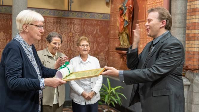 """Zusters in Vorselaar vieren 200ste verjaardag in beperkte kring: """"Ereburgerschap is de kers op de taart"""""""