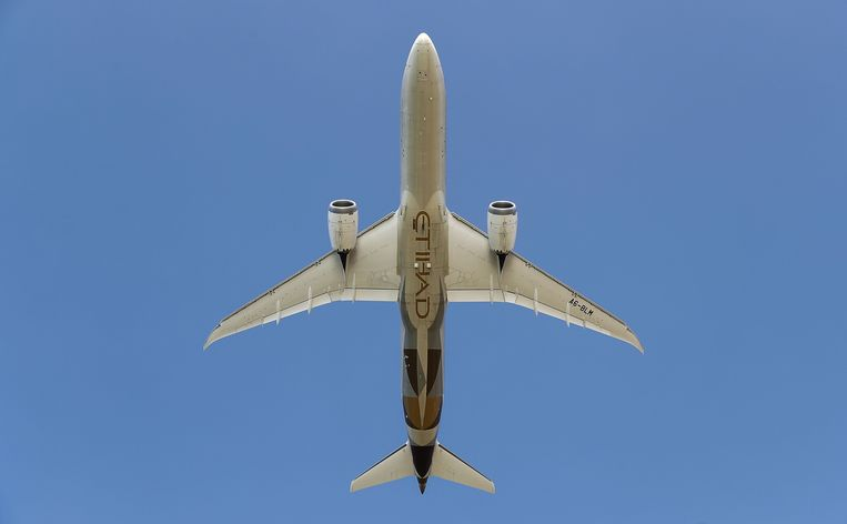 Emirates heeft op de luchtvaartshow van Dubai 40 nieuwe Boeings besteld. Beeld AFP