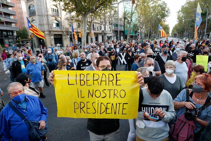 Betogers in Barcelona eisen de onmiddellijke vrijlating.