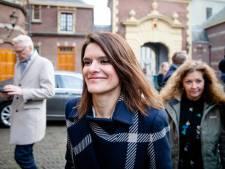 Zeeland gaat maandag 'stevig gesprek' voeren in Den Haag over marinierskazerne