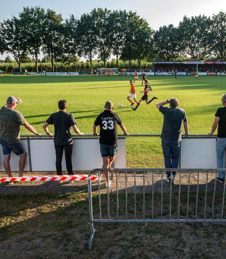 Corona houdt amateurvoetbal in zijn greep: 'We kunnen gewoon spelen als we alle richtlijnen volgen'