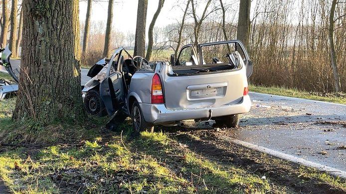 Van de Opel blijft alleen maar schroot meer over.