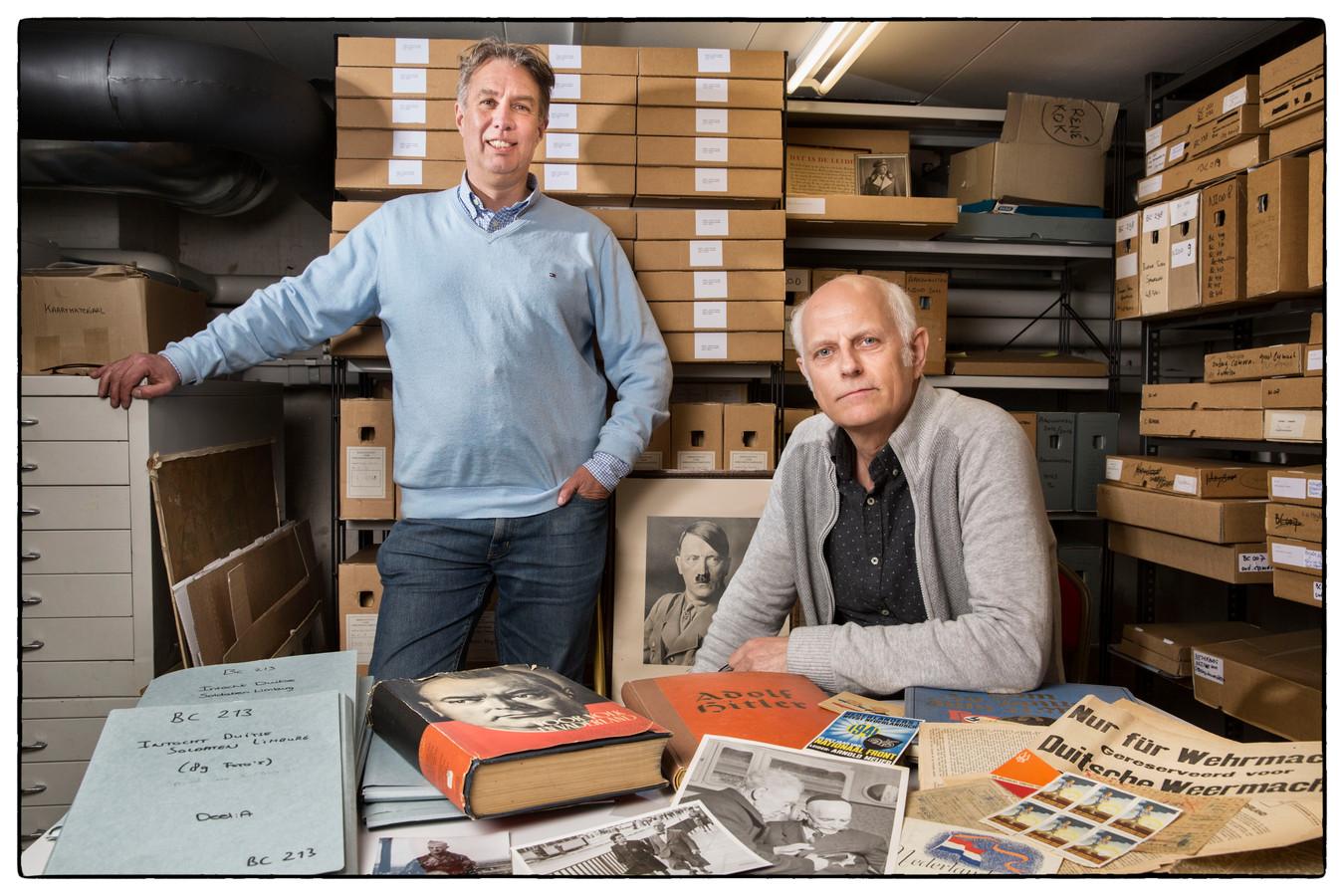 René Kok en Erik Somers werken al decennialang bij het NIOD, Instituut voor oorlogs- holocaust en genocidestudies.