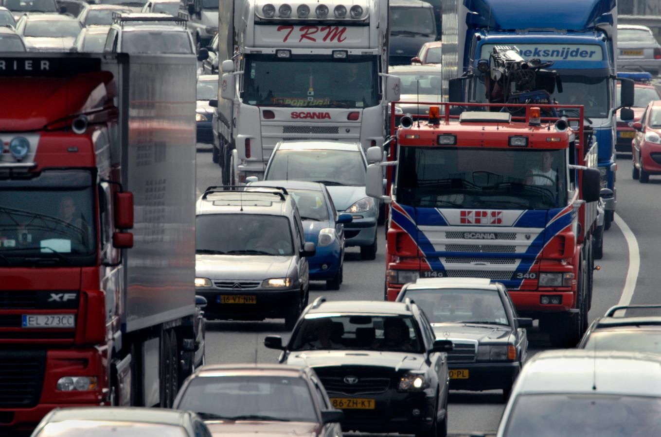 Dagelijks 290 vrachtwagens en bestelauto's in de spit op Brabantse wegen. 23 Brabantse bedrijven hebben dat weten te realiseren.