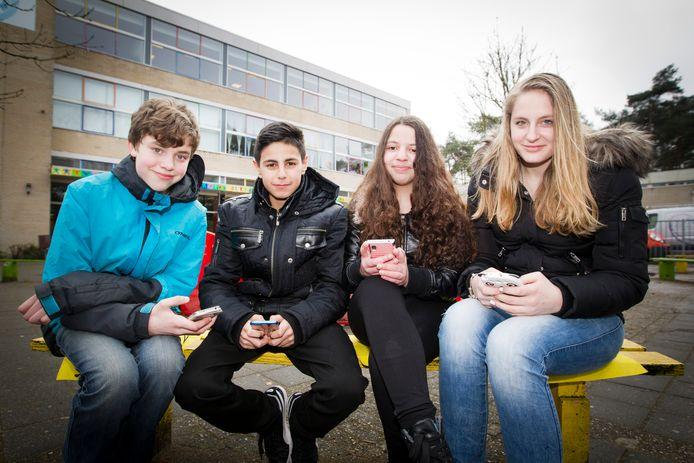 Deze scholieren kunnen mogelijk gebruik gaan maken van gratis wifihotspots. Met dank aan Brussel.