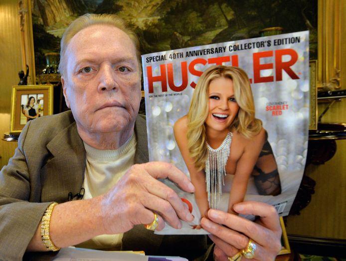 Archiefbeeld. Larry Flynt met een editie van Hustler magazine. (26/08/2014)