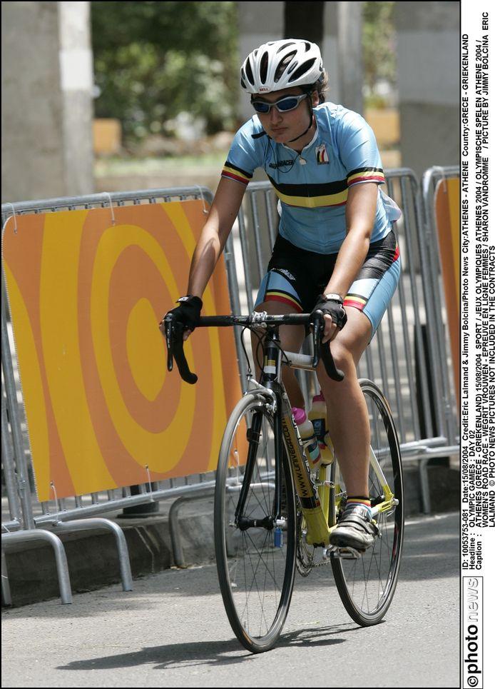 Sharon Vandromme aan het werk op de Spelen in Athene.